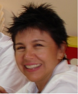 Aparecida Luzia de Mello é  Advogada, Mestre em Políticas Sociais, Pós-Graduada em Gestão e Organização do 3º Setor, Psicogerontologia e Memórias. Palestrante, professora, dirige o PEEM Ponto de Encontro e Estudo da Maturidade, voluntária da 3ª Idade e Recanto do Idoso Nosso Lar.  cidamell@uol.com.br